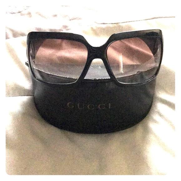 218e14939c8 Gucci Accessories - Authentic Gucci sunglasses.